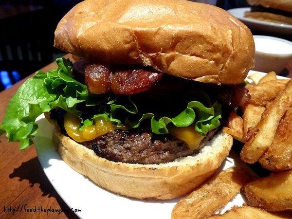 bacon-cheeseburger-callahans