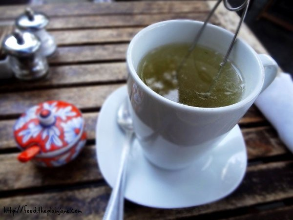 japanese-cherry-green-whole-leaf-tea