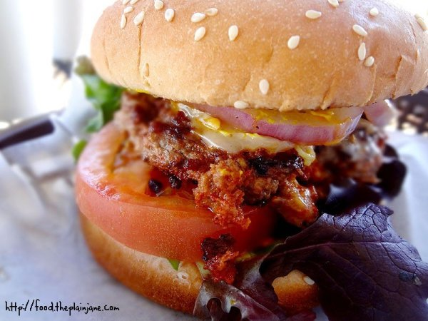 chorizo-beef-burger-point-loma-beach-cafe-san-diego-burger-week