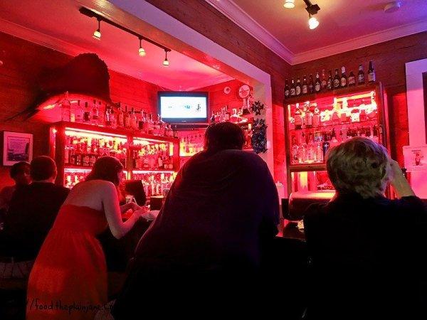 inside-the-rum-bar