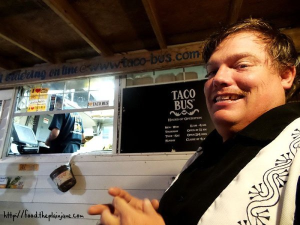 jake-at-taco-bus
