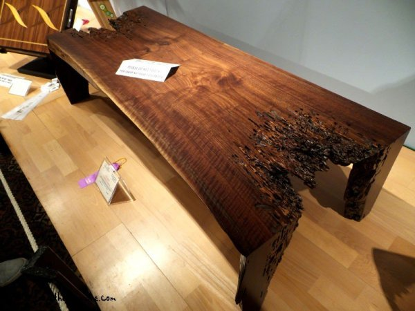 awesome-wood-table