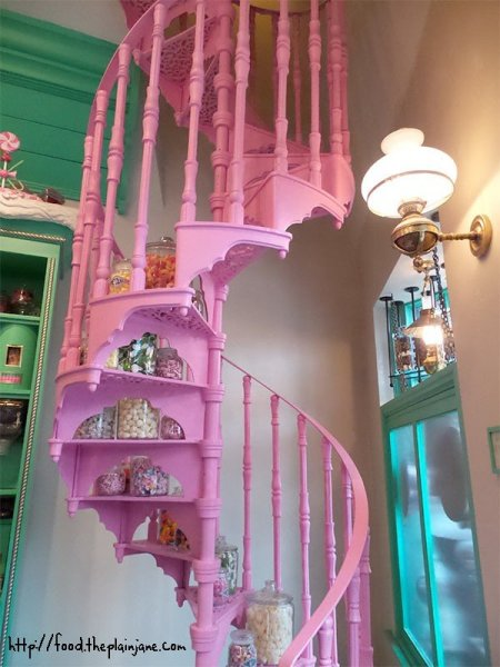 pink-staircase-honeydukes