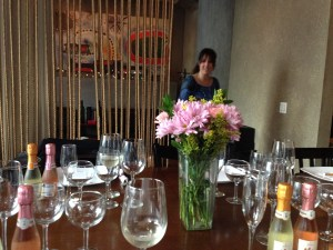 Gloria Collell visits Chicago to share the story of Mia wines