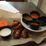 Gluten free crispy wings 'n' sauces