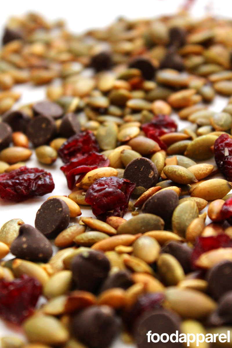 Roasted Pepitas (Pumpkin Seeds), Dried Cranberries, and Chocolate Snack Mix: Quick 'N Easy Style