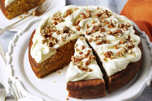 Pumpkin and pecan cake with sour cream frosting