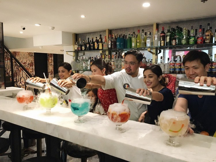 "img src=""sugarfactory17.jpg"" alt=""Sugar Factory"""