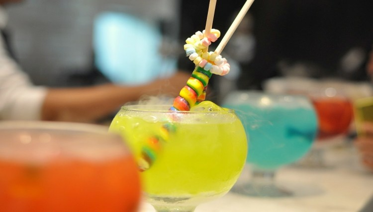 "img src=""sugarfactory7.jpg"" alt=""Sugar Factory"""