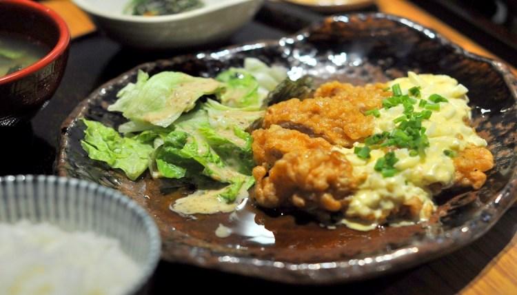 "img src=""Yayoi1.jpg"" alt=""Yayoi Japanese Teishoku Restaurant"""