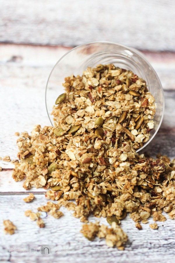 Pumpkin seed granola recipe from Food Fun Family - what's better than a delicious and healthy snack or breakfast (or even a dessert topping!) that not only tastes great, but is SO good for you with simple, whole ingredients?