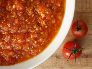 My favorite fresh tomato sauce, flavored with onion, garlic, dried oregano, red pepper flakes and fresh basil.