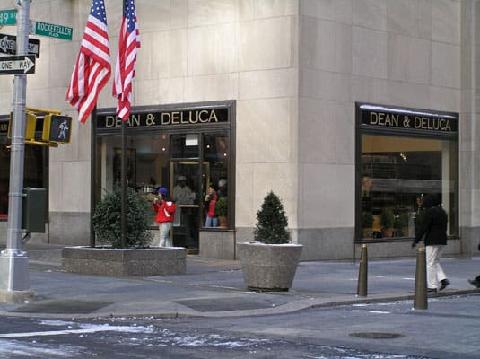 Dean &amp; Deluca Rockefeller Plaza - Photo (c) Brett Marlow under Creative Commons