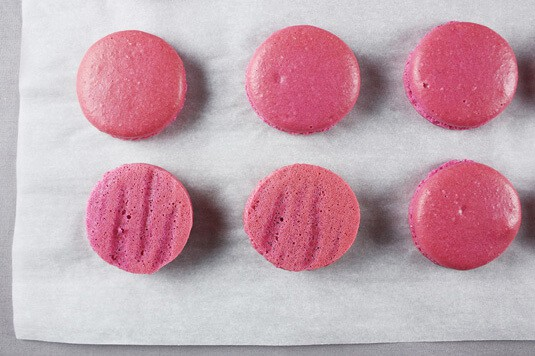 WHAT SHOULD A 'PERFECT MACARON' LOOK LIKE?