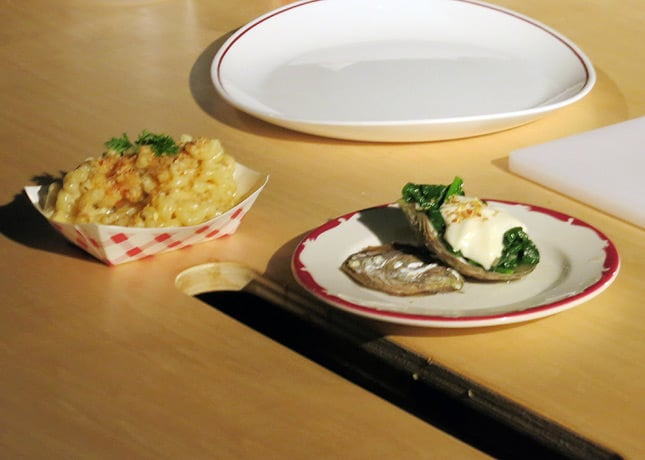 Chef Gita Seaton's mac &amp; cheese and Rockefeller oyster at the Omnivore Food Festival, Montreal / FoodNouveau.com