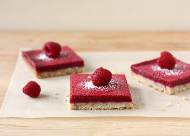 {Lighter} Fresh Raspberry Squares // FoodNouveau.com