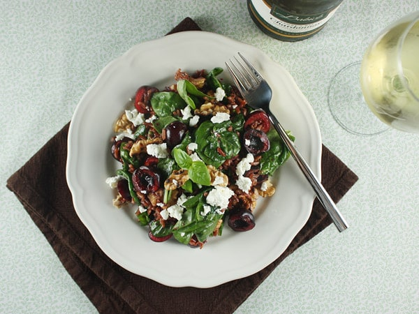 Whole-Grain Rice, Baby Spinach, Walnuts, and Cherry Salad // FoodNouveau.com