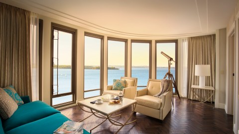Presidential_Suite_Living_Room_NEW-2