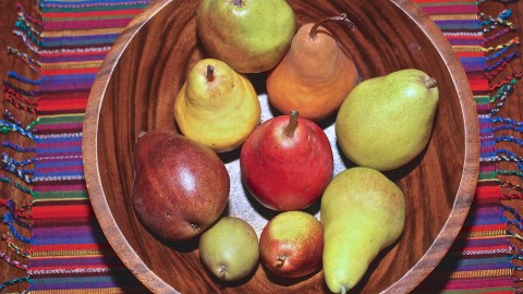 Pears are trying to get on apples' level of popularity. (Photo: Linnea Covington.)
