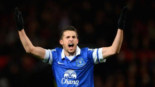 Bryan Oviedo celebrates as he scores the winner to seal Everton's first win over Manchester United in 21 years