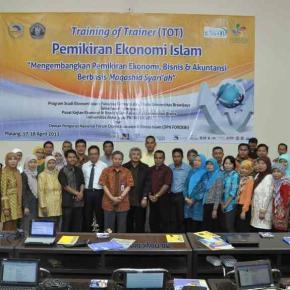 Foto: RAKERNAS DPN FORDEBI dan TOT Pemikiran Ekonomi Islam, 17-18 April 2013 di Universitas Brawijaya