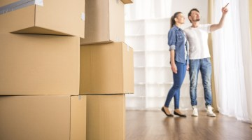 Moving Tips and Advice for Moving Stress Free forkidsandmoms.com @forkidsandmoms