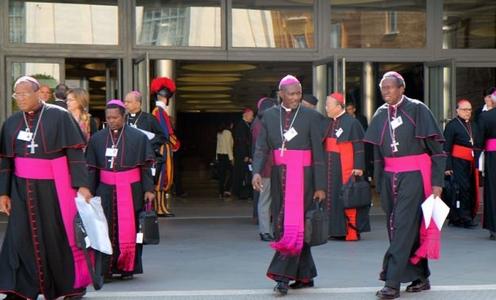 obispos africanos del sinodo
