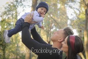 sesiones familiares en exteriores granada bebe fotobaby fotografos fotografa reportajes infantiles (5)