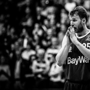 01.05.16 Beko BBL 34.Spieltag: EWE Baskets - FC Bayern München