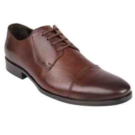opção de calçado noivo