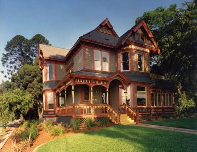 6 Styles of Victorian House Architecture with Examples ...