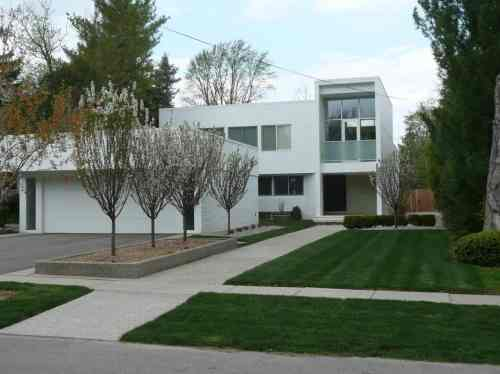 Medium Of Modern Landscaping Design