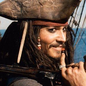 Pirates des Caraïbes : la Malédiction du Black Pearl - film 2003 - AlloCiné
