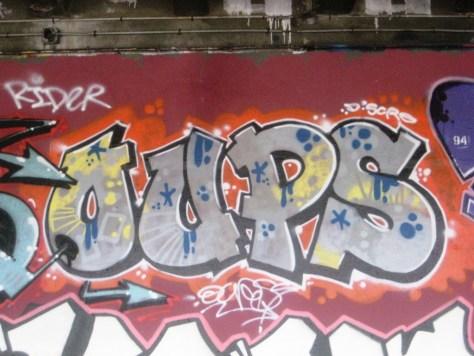 BABA JAM - graffiti - Besancon - nov 2012 Oups