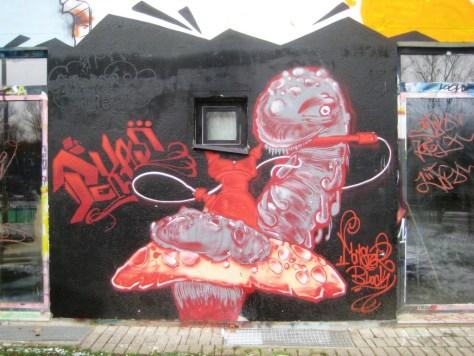 Saarbrücken_Graffiti_13.01.13Monster block_Pexas