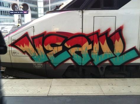 veaul - graff-train-gare de lyon
