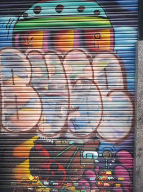 Buse_madrid_graffiti_2013
