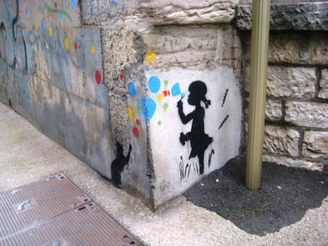 besancon-streetart-stencil-cat-girl-2013