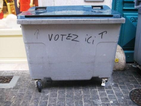votez ici votez poubelle - besancon - dec 014
