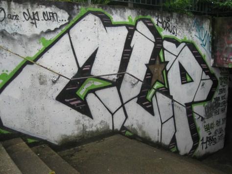 graffiti Rennes Aout 2012 - CLP