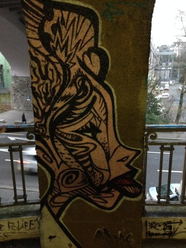 2014-02-15 Lausanne - graffiti - woman