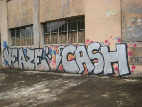 juin 2014 - besancon - graffiti - veaze, cash (1)