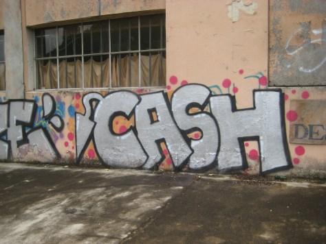 juin 2014 - besancon - graffiti - veaze, cash (2)