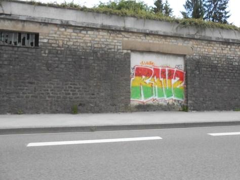 RAVZ - graffiti besancon 2015