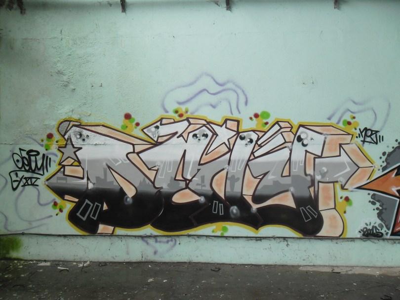 Devy, Noz - graffiti belfort (2)