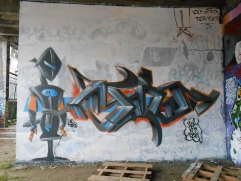 ATMO - graffiti besancon sept.2015 (1)
