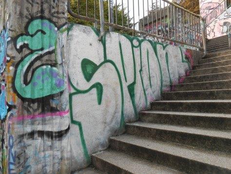 haus der jugend wupperal elberfeld - graffiti sept 2015 SPION (2)