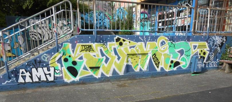 haus der jugend wupperal elberfeld - graffiti sept 2015 -KOOLKIDS