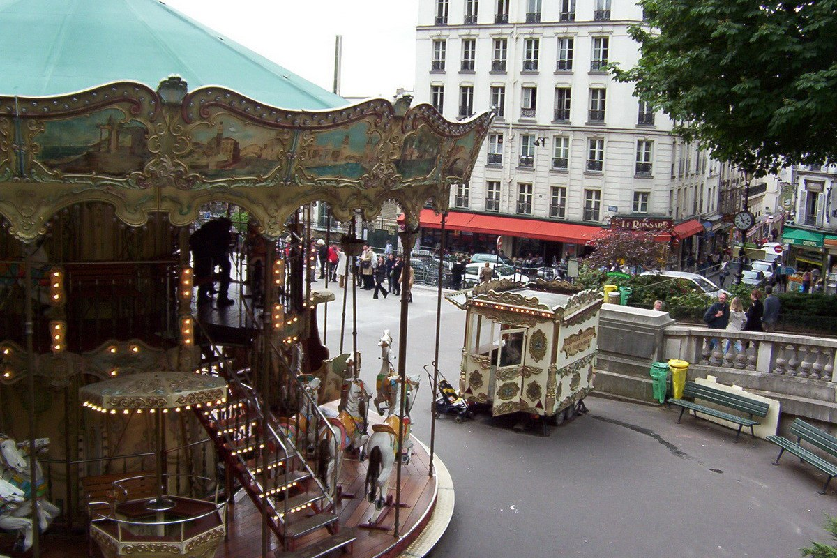 Frame to frame bob and jean - Place saint pierre paris ...