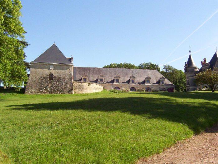 Front Lawn - Chateau de la Bourdaisiere Castle - France